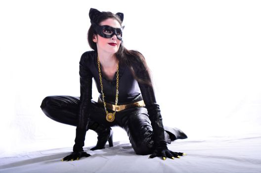 Catwoman on the Prowl by RosettaFire