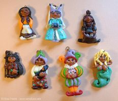 Old polymer clay characters by Lluhnij