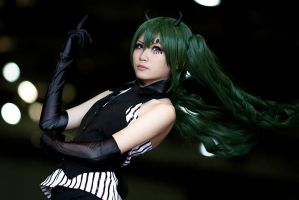 Pokerface - Miku 01 by hana-bira