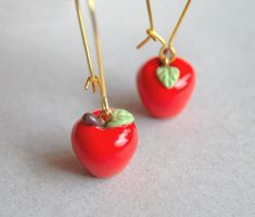 Red Apples Earrings by Madizzo