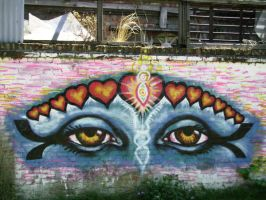 Eyes of Love spraypaint mural by mORGANICo-cOM
