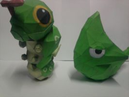 caterpi y metapod papercraft by rafex17