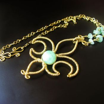 Lily necklace by Astukee