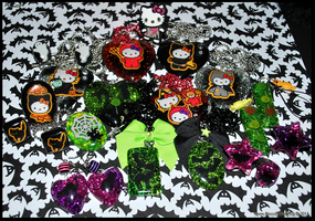 Halloween Items by BloodCross
