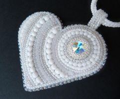 White winter bead embroidered heart by nikkichou