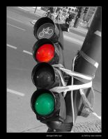 Damaged Traffic Light by olddragon