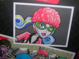 Dibujo caja detras Ghoulia Yelps Roller Maze by fanmonsterhigh
