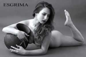 Woman and Vase 2 by ESGRIMA