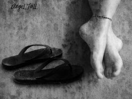 Feet1 by AngeL-FaLL