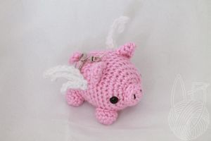 Mini Flying Pig Keychain - for sale on Etsy by theyarnbunny