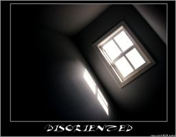 Disoriented - by emtilt