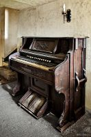 The Piano by ZerberuZ