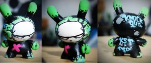 Knockout dunny toy by knockoutheworld