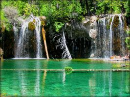 Hanging Lake, CO by Chessta