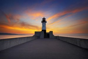 Duluth Harbor North Breakwater Light by tfavretto