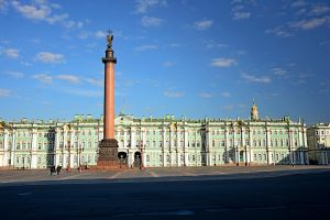 Palace square and the Hermitage by Zaratra
