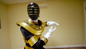King/Gold ranger by KellHiro