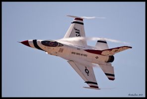 Airfest 2012 Thunderbirds III by AirshowDave