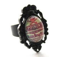 Poison Cameo Ring by asunder