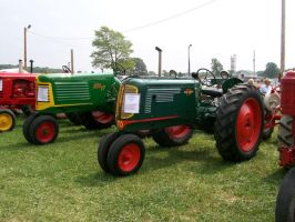 Oliver 70 and 77 Row Crops by LDLAWRENCE