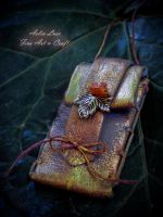 golden shine elvish wallet by Gwillieth