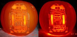 Pumpkin - Star Wars R2D2 by musogato