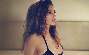 Kelly Brook by Chipichan