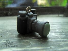 Vintage Camera Charm by margemagtoto