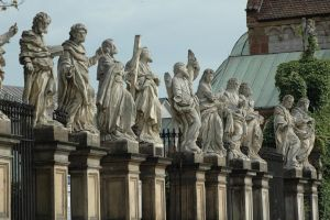 Statues of Apostles, Krakow by lesnydrwal