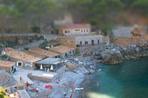 Beach Tilt Shift by MantillaGreif
