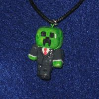 Creeper in a suit by zynwolf