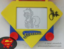 Applejack on a superman etch a sketch? by pikajane