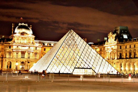 Louvre By Night 2 by HairJay