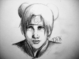 A sligtly realistic Tenten by DRKcoffee