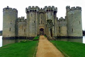 Bodiam Castle - Front View by Moose-Art