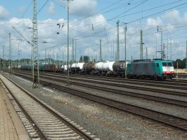 NMBS 2836 with mixed train by damenster