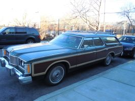 1974 Ford Country Squire by Brooklyn47