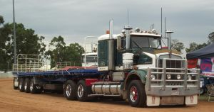 Kenworth SAR with Triple Road train by RedtailFox