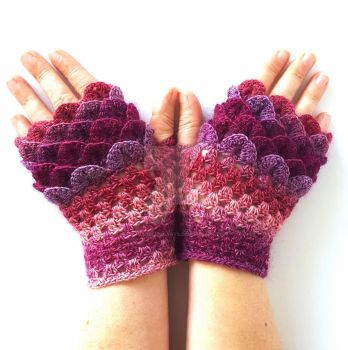 Berry Pink Dragon Gloves by FearlessFibreArts
