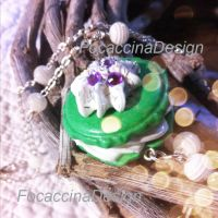 Green macaroon necklace by FocaccinaDesign by MGFM