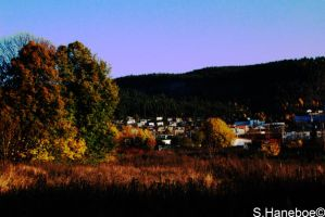 Earlt fall morning in Drammen by haneboe