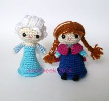Snow Queen and Sister princess crochet amigurumi by janageek