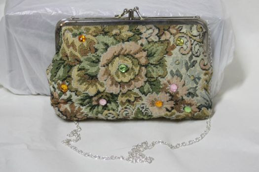 Floral Purse by One-Eyed-Kitty
