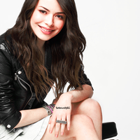 Miranda Cosgrove.Display.4 by SoNaturallySG