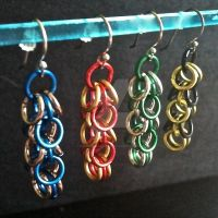 Hogwarts Shaggy Loops Chainmaille Earrings by Rosie-Periannath