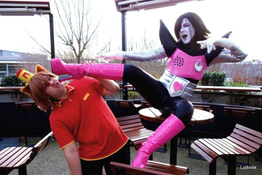 Kung Fu Mettaton !! (For Fun :p) by AngelAngelyss
