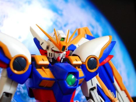 Wing Gundam by RtotheYO
