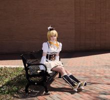 Mami Tomoe Cosplay by MikuMikuJinx