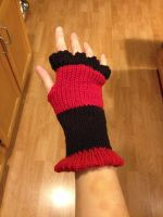 Arm warmers front side by Arachnoid