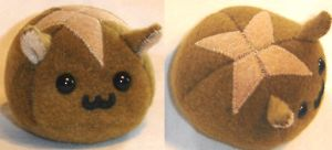 Hot Cross Bun Puff Puggle by callykarishokka